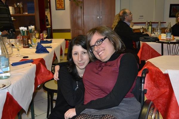 myriam e amica disabile